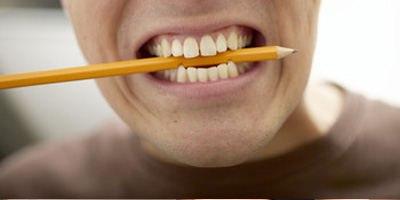 חריקת שיניים (אילוסטרציה: שאטרסטוק)