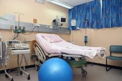 חדר לידה בהלל יפה. צילום: ציון יחזקאל