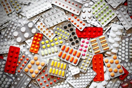 יש לבדוק בכל שנה מחדש מה הדין לגבי התרופות שלכם. צילום: שאטרסטוק