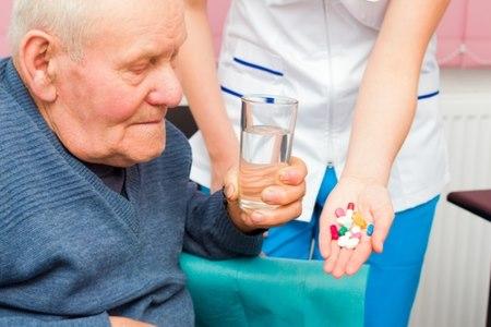 אם אין תחליף כשר לתרופה, יש לפעול לפי הוראות הרופא. צילום: שאטרסטוק