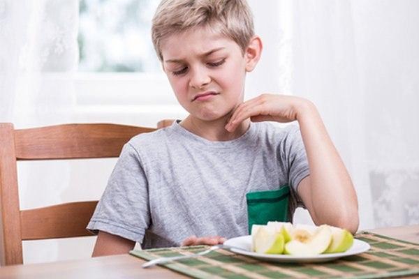 ילדים רבים אינם מוכנים לטעום מגוון של סוגי אוכל. צילום: שאטרסטוק
