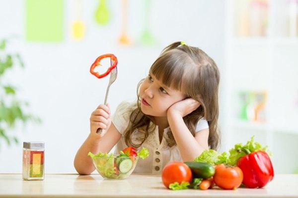 הדרך הטובה ביותר היא לחשוף את הילדים לכמה שיותר סוגי מזון. צילום: שאטרסטוק