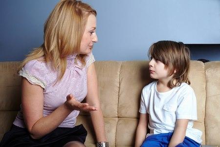 הבסיס לשיתוף מצד הילד הוא שיתוף שלנו, ההורים. צילום: שאטרסטוק