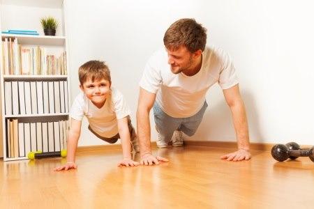 חשוב לבצע אימוני כוח כבר מילדות, על בסיס קבוע. צילום: thinkstock