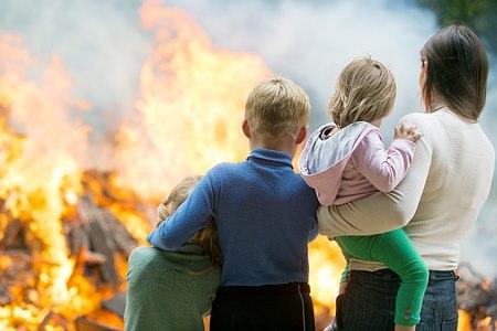 איך לעזור לילדים? צילום: shutterstock