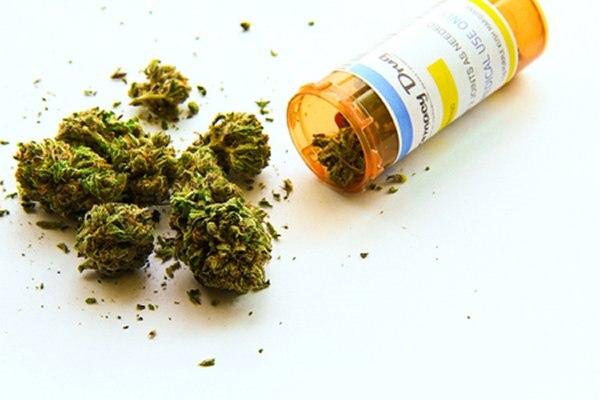 הטיפול התרופתי היעיל ביותר הוא באמצעות קנאביס רפואי. צילום: שאטרסטוק