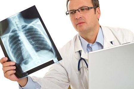 הרופא העריך שנותרו לשלמה 6 חודשים לחיות (אילוסטרציה shutterstock)