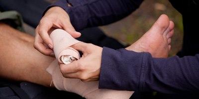 טיפול בפצעים קשי ריפוי (אילוסטרציה)