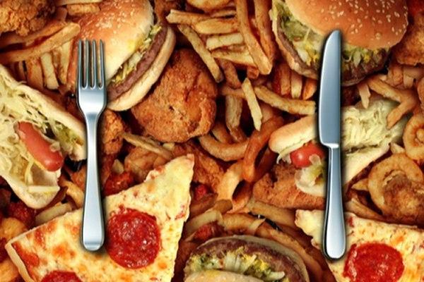 התזונה המערבית נמצאה קשורה בעליה בתחלואה ובתמותה. צילום: שאטרסטוק