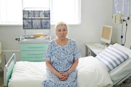 בני 65 ומעלה מהווים 45% מהוצאות האשפוז בבתי החולים. צילום: שאטרסטוק
