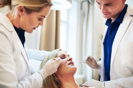 למנותח/ת מותאמת תכנית אישית, שמיושמת במהלך הניתוח. צילום: thinkstock