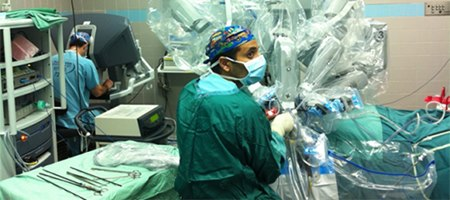 חדר ניתוח רובוטי. צילום: פרופ