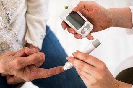 ממלווי סוכרת הם בעצמם חולים החווים את אותם קשיים. צילום: שאטרסטוק