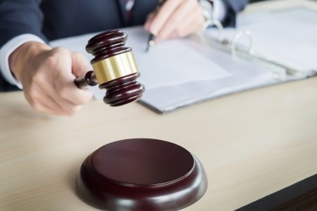 על תביעת נזקי גוף חלה חובה לצרף חוות דעת רפואית. צילום: thinkstock