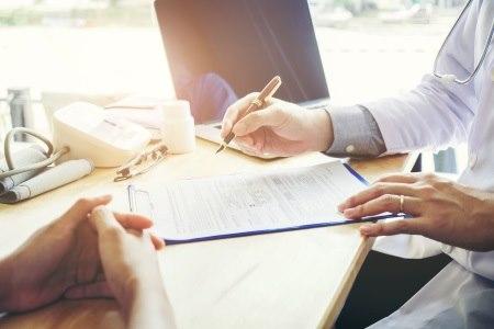 """יש להקפיד כי חוו""""ד תהיה מקצועית, רלוונטית, מקיפה ומדויקת. צילום: thinkstock"""