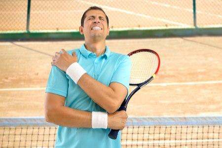 פציעות ובעיות כתפיים שכיחות במיוחד בקרב העוסקים בספורט. צילום: שאטרסטוק